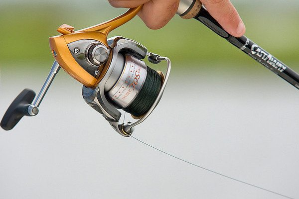 безынерционные катушки для рыбалки как пользоваться