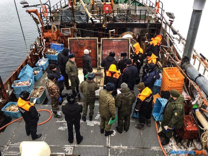 Рыбаки и пограничники вместе наведут порядок в Сахалинской области