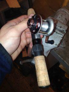 Безынерционная катушка для зимней рыбалки