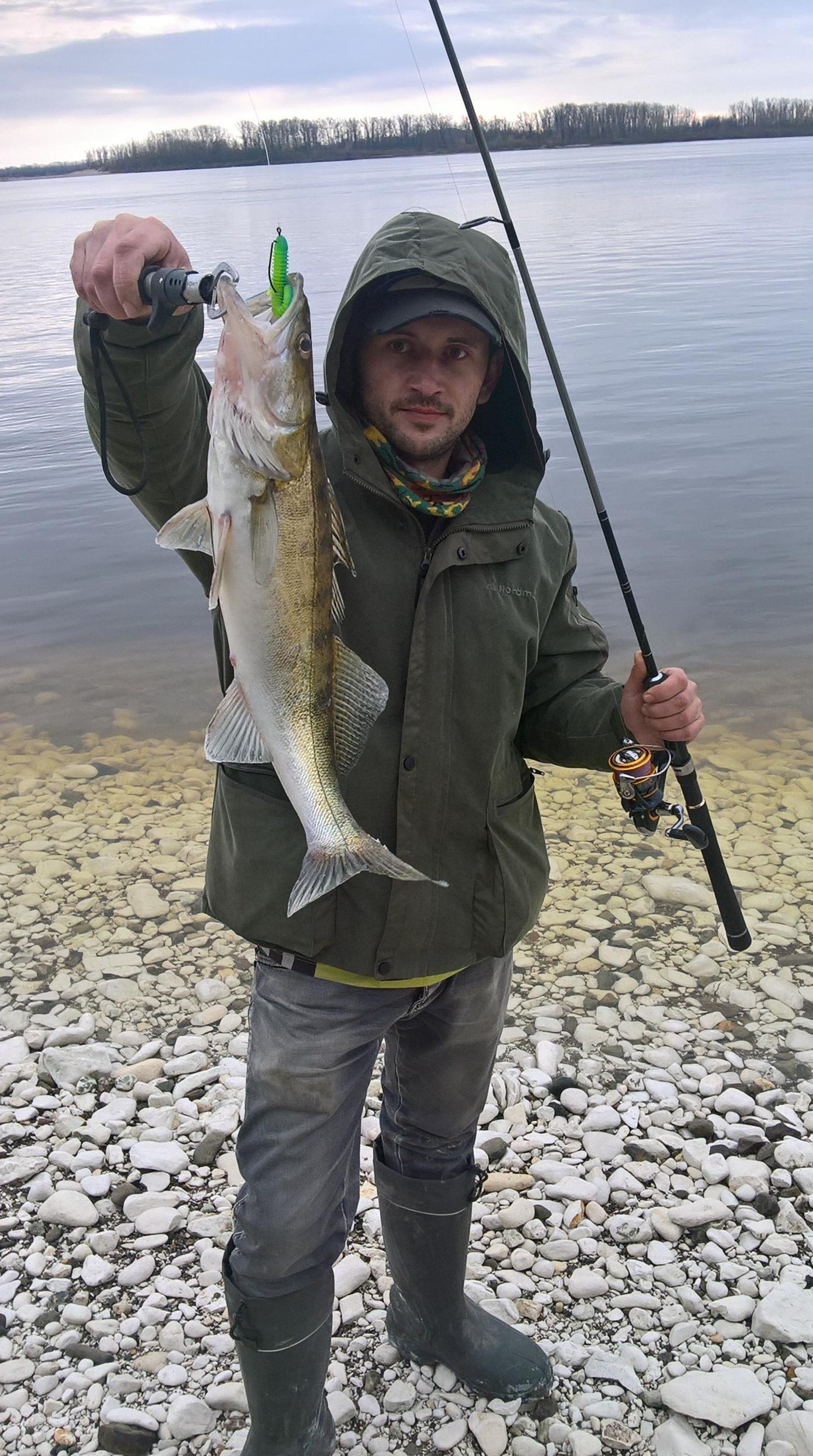 Рыбалка на волге в саратове